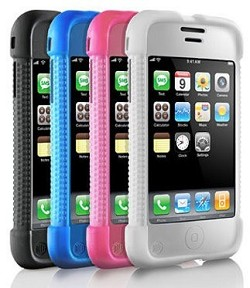 iPhone 4 in vendita in Italia: caratteristiche, prezzi e prove. I problemi di ricezione sembrano non esserci