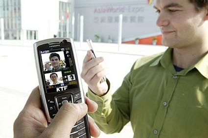 Confronto tariffe UMTS e HSDPA per collegarsi ad Internet con i cellulari