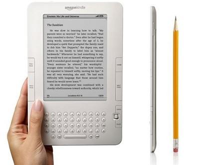 Amazon Kindle 2: nuovo modello e- book in grado di accedere a pi?? di 20.000 libri digitali e dotato di schermo da 6 pollici. Le novit?á.