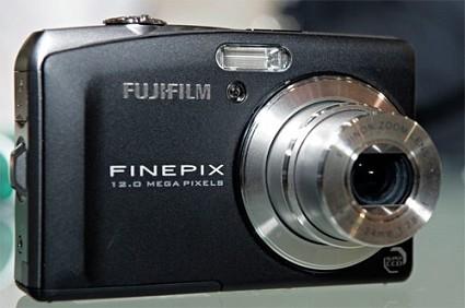 Fujifilm al Photoshow 2009: nuovi modelli di fotocamere compatte presentate a Milano.